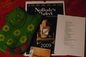 Filzkatze, NoBody's Perfect Kalender, Buch Hautnah und Gedicht von Vernaldi
